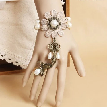 Lace Bracelet even one chain ring f..