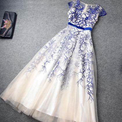 High Waist Embroidery Evening Dress..