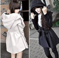 Europe and the United States in the autumn and winter hooded pleated long Lady dust coat jacket women