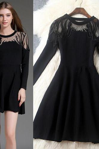 Fashion Gauze Embroidery Round Collar Dress