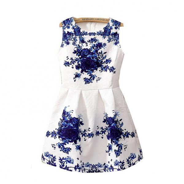 Floral Printed Dress With Pleated Waist