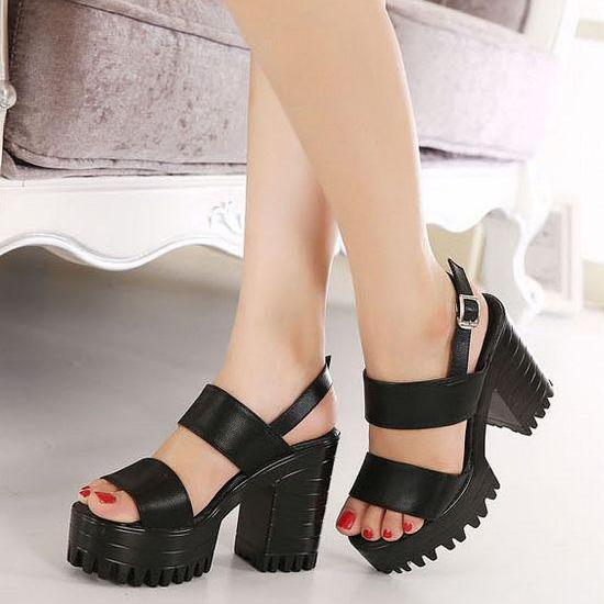 Black Double Strap Chunky Heels Sandals