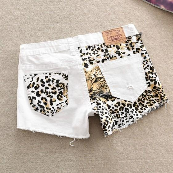 Stitching Slim Hip Sexy Leopard Shorts